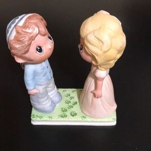 Home or Gift, Rare Porcelain Wedding Gift